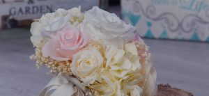 Preserved wedding roses: The must have flowers for your big day