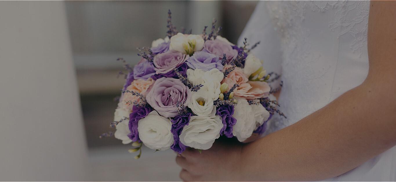 Purple Flowers The Trendiest Wedding Blossoms For Fall 2018 Sense