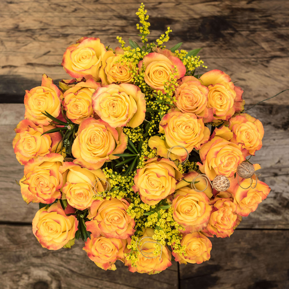 Energy Spark: Yellow & Red Roses - Exotic flowers from Ecuador