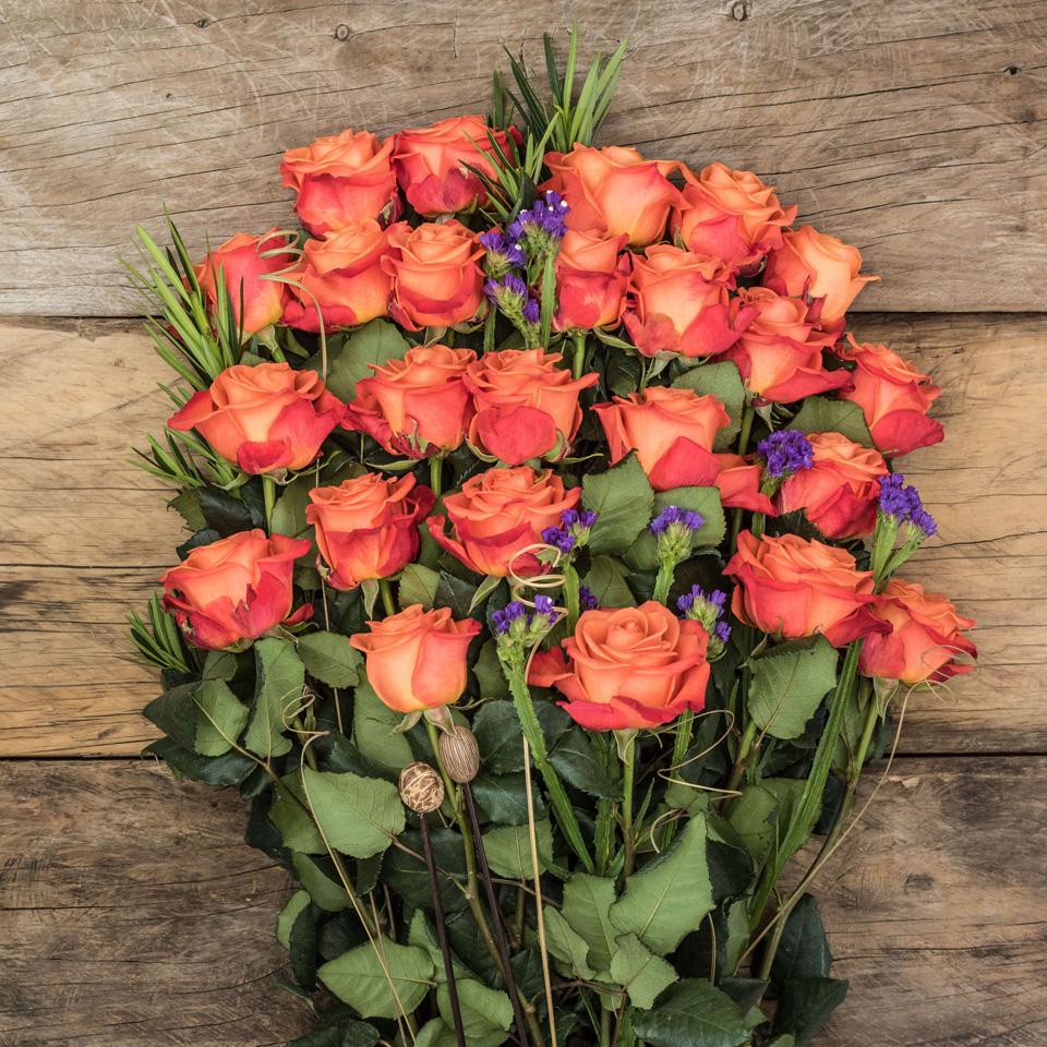 Just Joy: Orange Roses - Exotic flowers from Ecuador