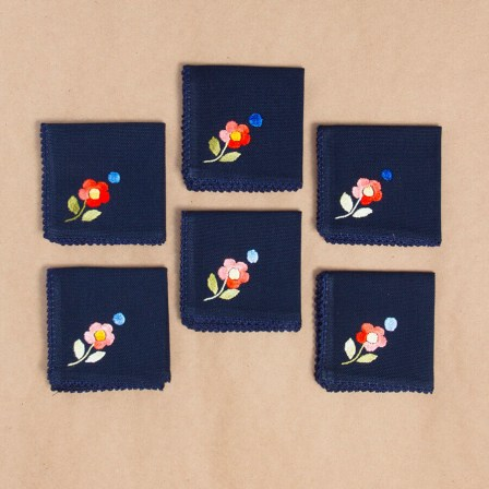 002_top_view_blue_mini_napkins