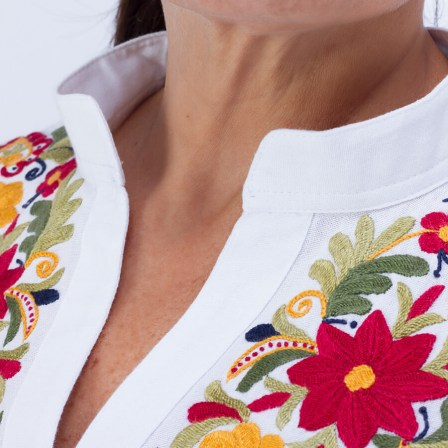 003_detail_floral_white